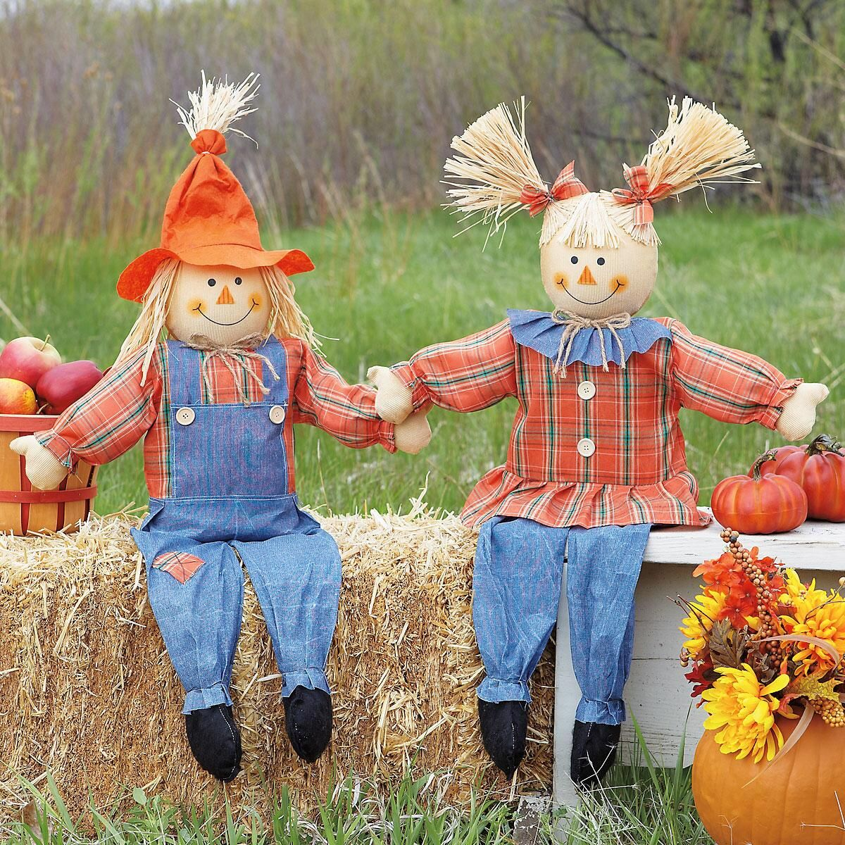 Boy girl scarecrows current catalog for Scarecrow home decorations co ltd