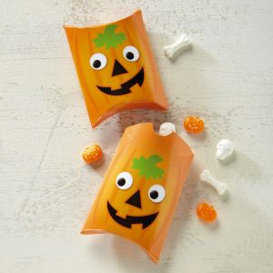 Jack-O'-Lantern Treat Boxes