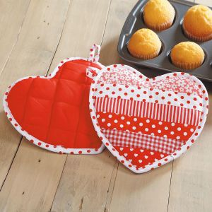 Heart-Shaped Hot Pads