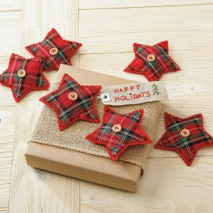 Plaid Star Gift Topper