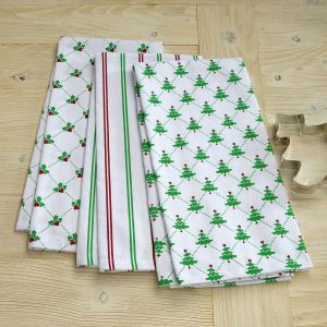Holly and Christmas Tree Hand Towels