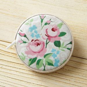 Vintage Flowers Retractable Tape Measure
