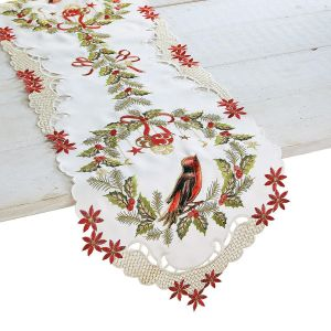 Christmas Wreath Table Runner