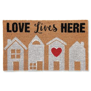 Love Lives Doormat