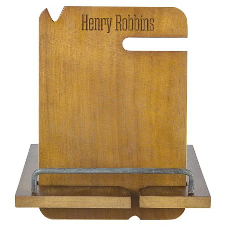 Personalized Wooden Docking Station - Name Personalized Wooden Docking Station