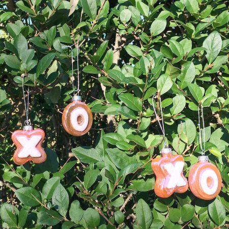 X & O Ornaments