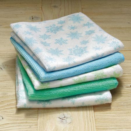 Frosty Snowflakes Microfiber Cloths