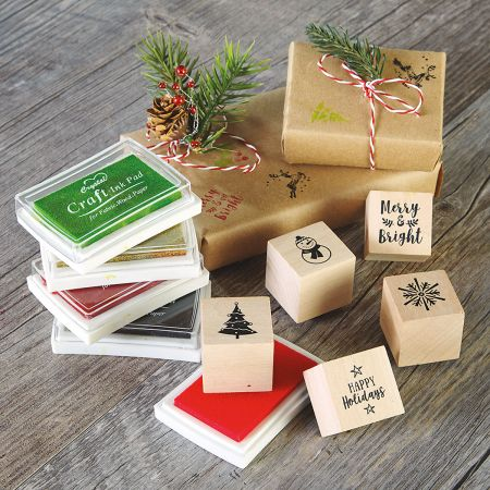 Holiday Craft Stamps and 5 Ink Pads