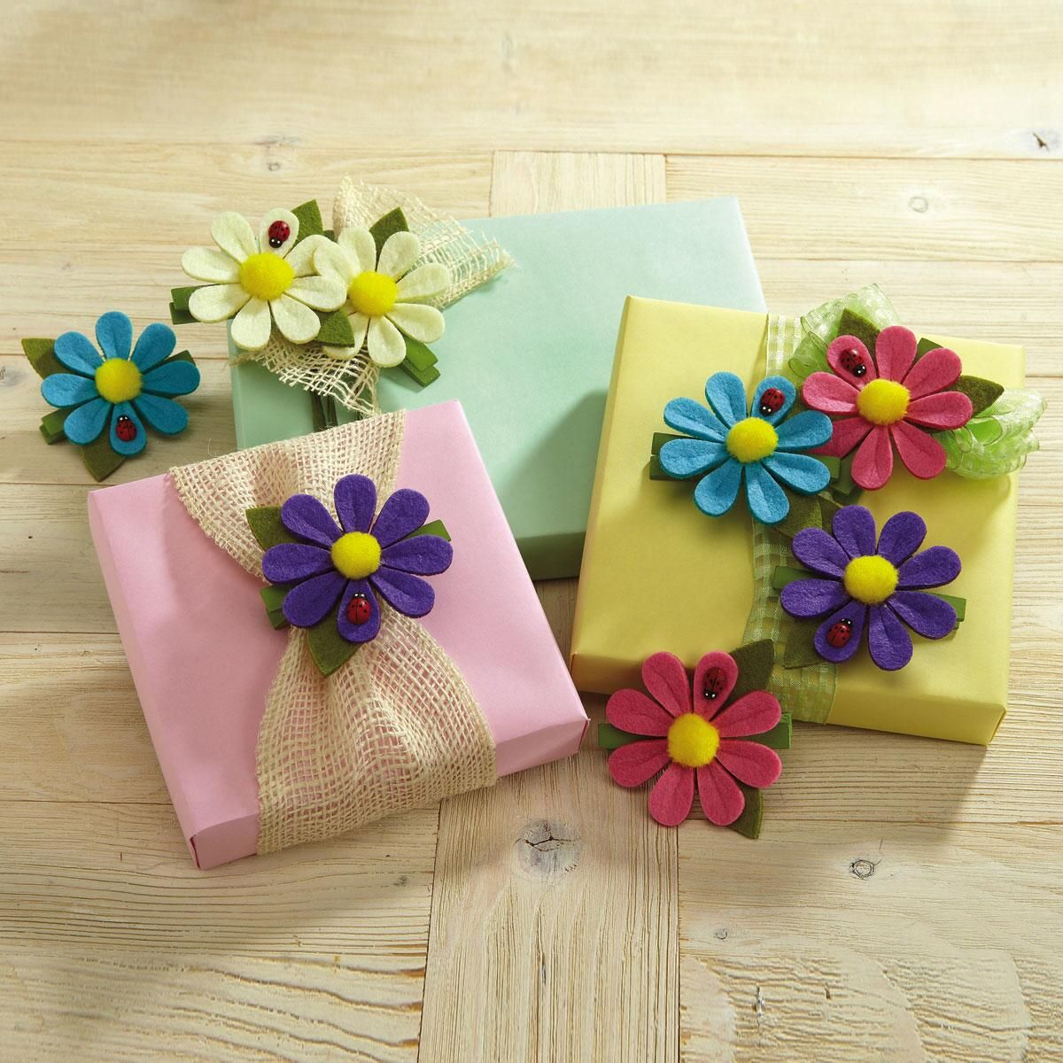 Felt Flower Clothespin Clips