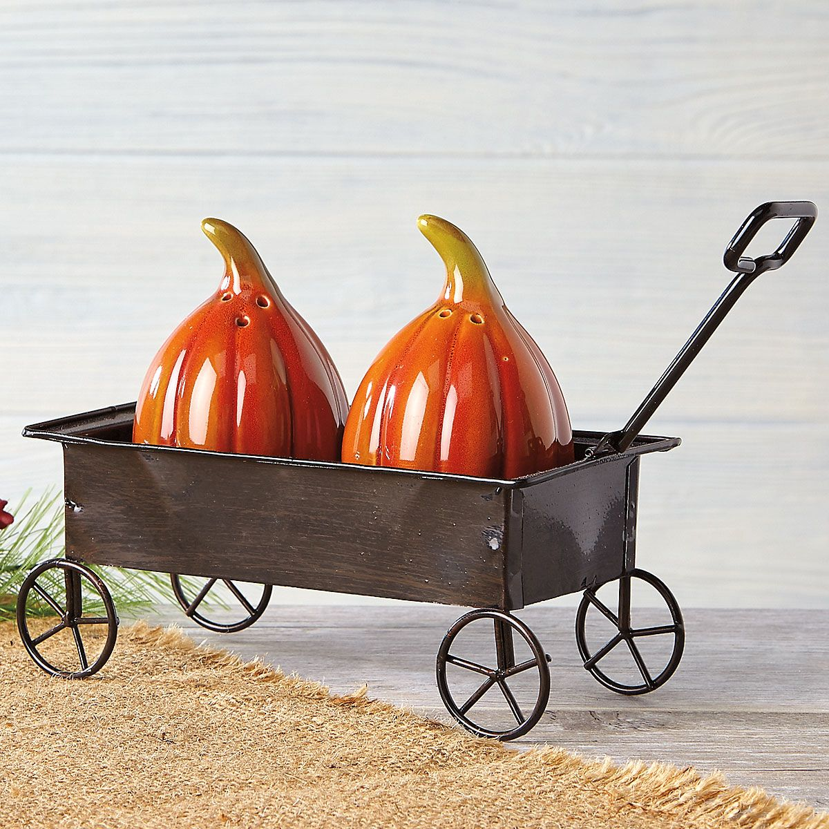 Pumpkin Salt and Pepper Wagon