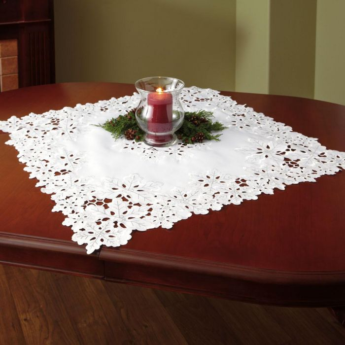Snowflakes Square Table Linen